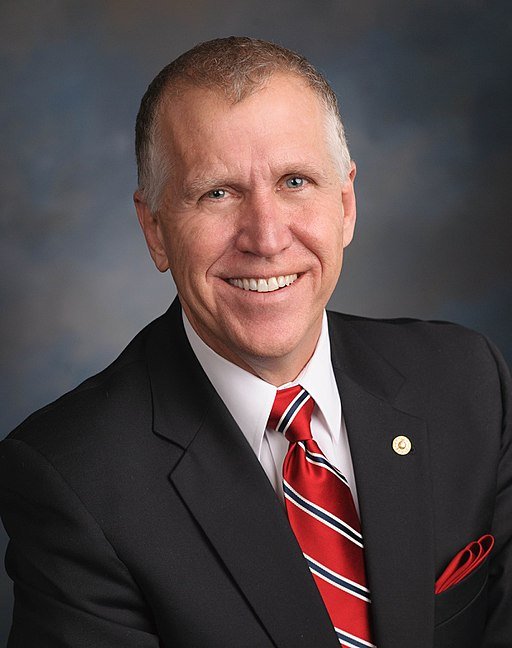 Portrait photo of Senator Thom Tillis